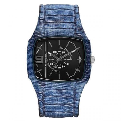 Relógio Masculino Azul Pulseira em Silicone e Caixa em Plástico - Diesel